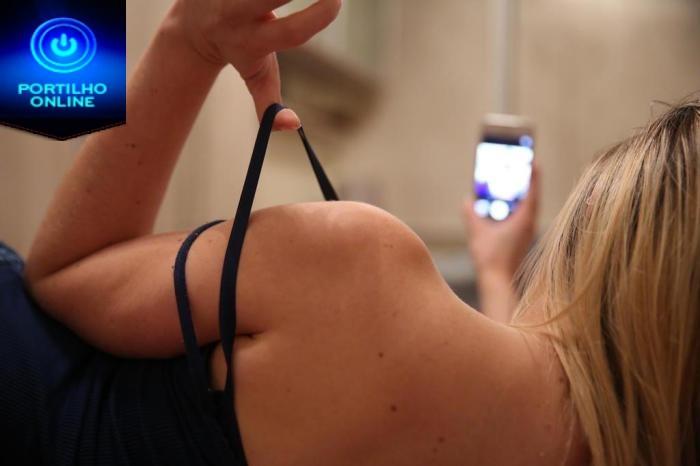 SEXO!!! Vale ou não mandar nudes? Especialistas comentam os prós e os contras do sexting