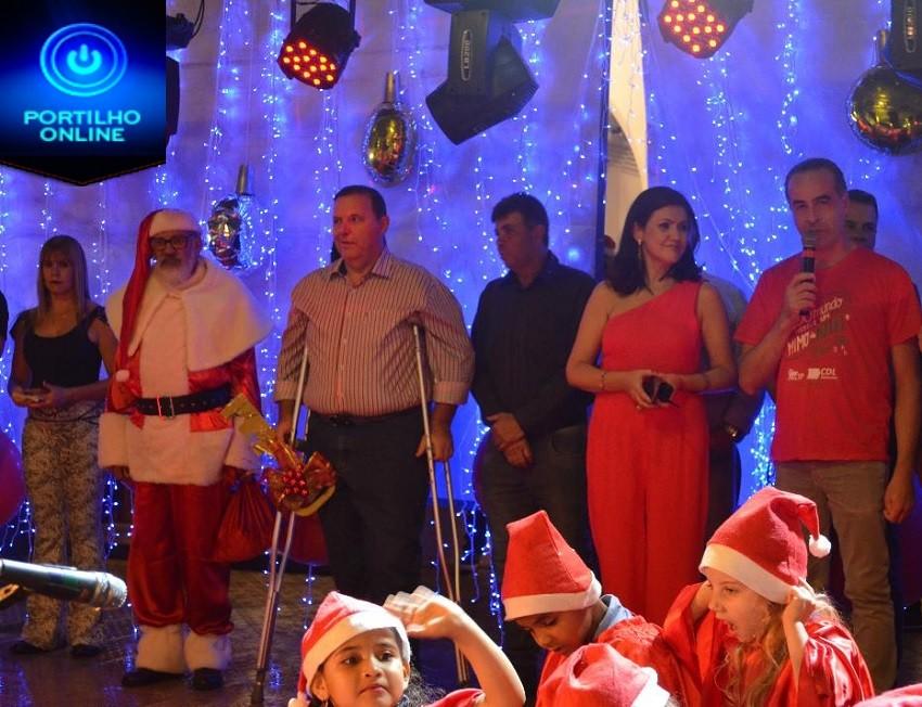 Chegada do Papai Noel, inauguração da ornamentação e cantata dão início ao Natal de 2019 em Patrocínio