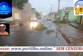 👉🙄😱☂🌩⛈🌧🌨⚡🌪💨TEMPESTADE! VENDAVAL! DESTELHAMENTO! PÂNICO. Serra do Salitre é varrida pelo vento e chuva de granizo.