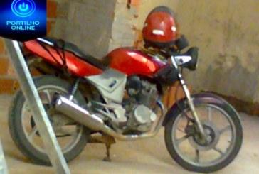 Motocicleta roubada.  Placa GWN 3590