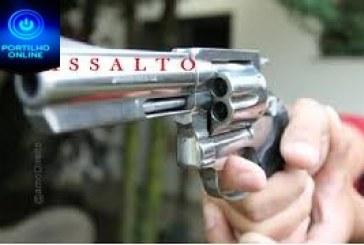 👉😠🚨🚔💰💵💶🔫🔫 ASSALTO!!!PERDEU!!! Segue o líder… Cidadão apos ssir do BAR BRASIL, perde malote …